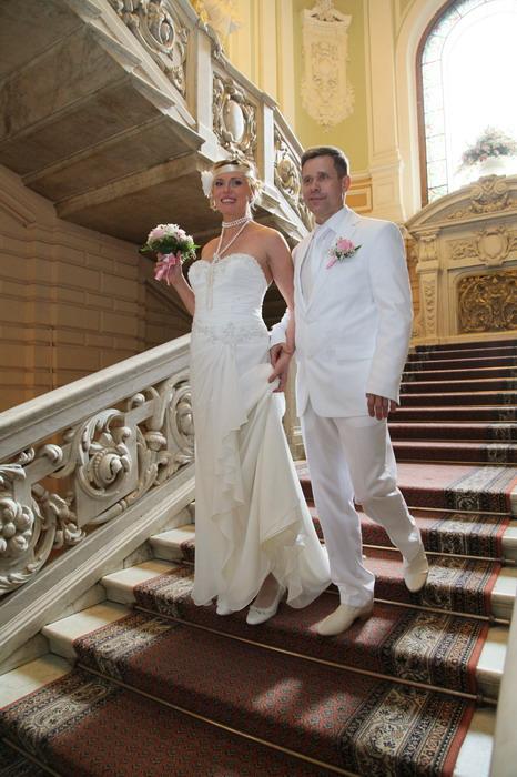 Фотограф на свадьбу цены спб недорого